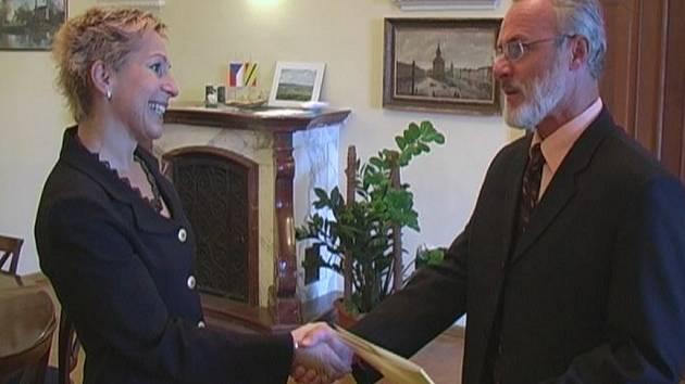 Starosta Miroslav Wildner jmenoval do funkce ředitelku Městských kulturních zařízení v Hranicích Helenu Votavovou.
