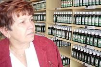 Jarmila Podhorná u svých léků.