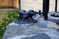 kKvaná žabka na obnovené studni v zámeckém areálu v Lipníku