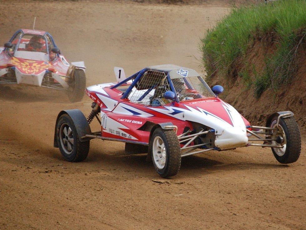 Ladislav Hanák dojel ve třech letošních závodech vždy první. Nejprve dvakrát v Portugalsku (ME) a nyní i v úvodním podniku domácího mistrovství.
