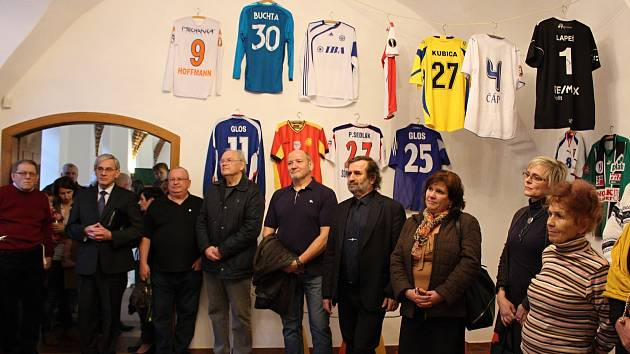 Vernisáž výstavy Ať žije fotbal na Staré radnici v Hranicích