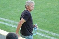 Trenér Petr Zatloukal u týmu SK Hranice skončil.