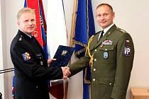 Šéf hranických policistů Petr Čech v úterý převzal Kříž Vojenské policie