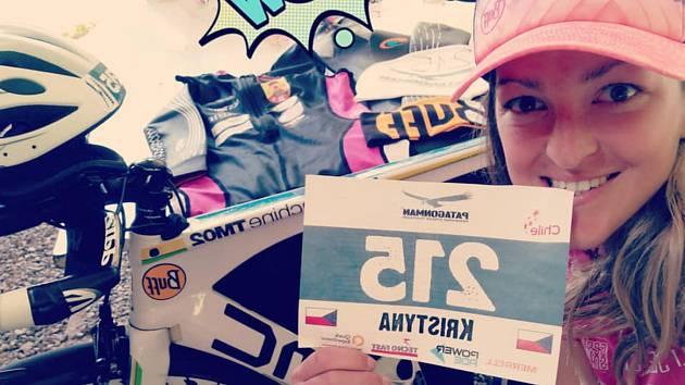 Hranická triatlonistka Kristýnka Skupieňová skončila v daleké Patagonii na krásném pátém místě v extrémním závodě Patagonman 2018.