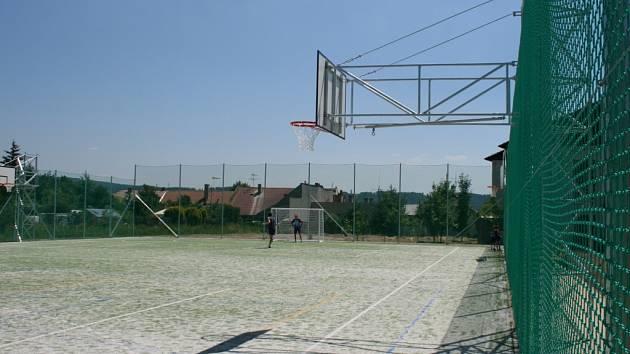 Hřiště se nachází v areálu Střediska volného času v Lipníku nad Bečvou.