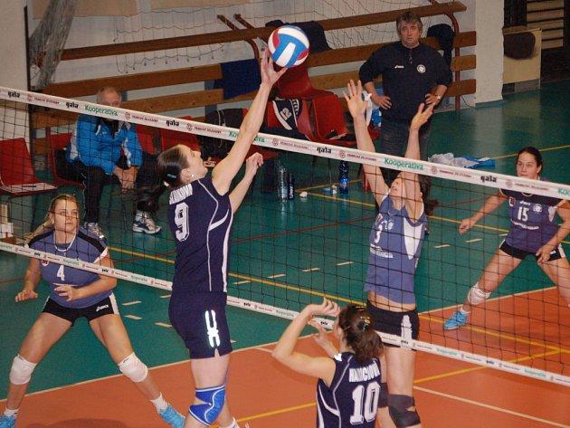 Přerovské volejbalistky si vítězstvím nad Olympem zajistily play–off.