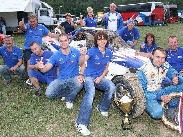 Ladislav Hanák a jeho Alfa racing team mají za sebou zatím nejúspěšnější sezonu.