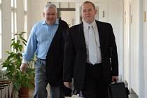 Zlínský podnikatel Roman Vaškůj (vlevo). Ilustrační foto.