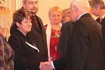 Starostka Rouského Miluše Stržínková se osobně setkala s Václavem Klausem.