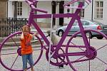 V Lipníku nad Bečvou umí přitáhnout pozornost turistů Město navíc od soboty zatraktivnila výstava kovaných plastik s názvem Kov ve městě.