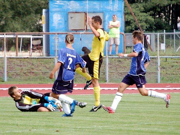 Starší dorost 1. FC Přerov vyhrál ve Valašském Meziříčí 4:0 a je sedmý.
