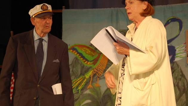 Hrou Pudl a Magnolie v hlavní roli s Ivou Janžurovou zahájil po letní pauze přerovský Městský dům opět kulturní sezonu.