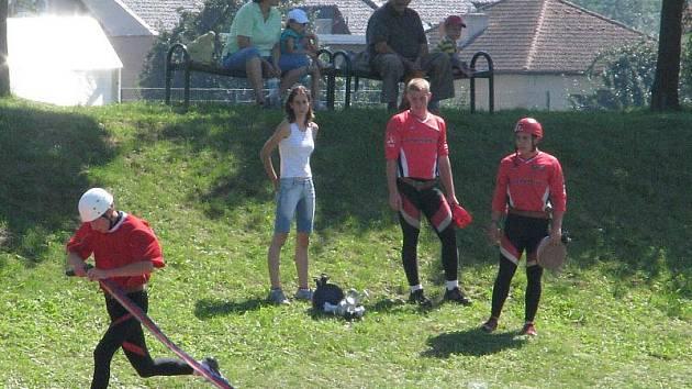 Nejlepší tým mužů i žen postoupil z krajského kola v Lipníku nad Bečvou na soutěž do Prahy.