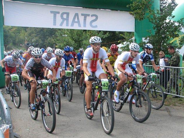 Jezdci museli překonat téměř kilometrové převýšení.