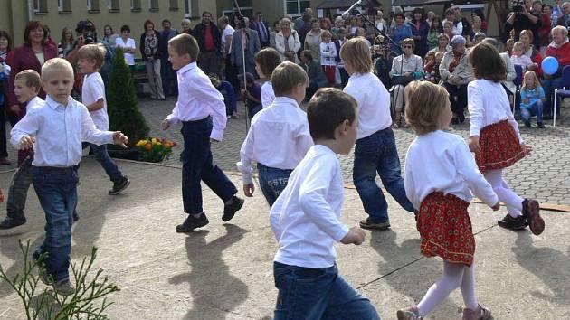 Oslavy 100 let od založení školy v Drahotuších