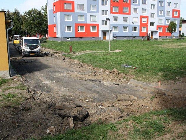 Třetí etapa oprav sídliště Galašova a Na hrázi