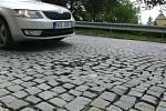 Některé části Purgešovy ulice v Hranicích se budou opravovat.