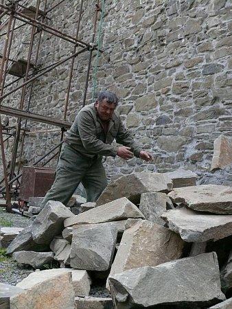 Oprava Široké zdi na Helfštýně