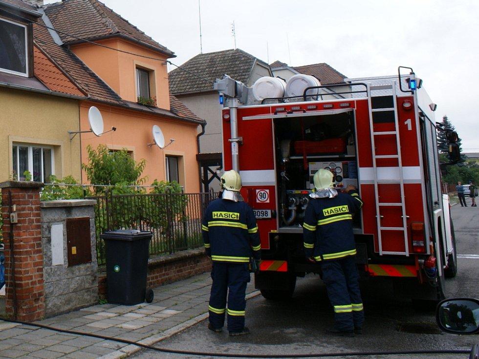 Požár v Brodku u Přerova zavinila technická závada na pračce.
