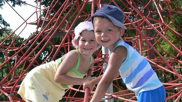 Děti v hranickém parku