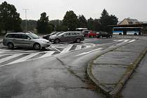 Nové parkoviště na autobusovém nádraží v Hranicích