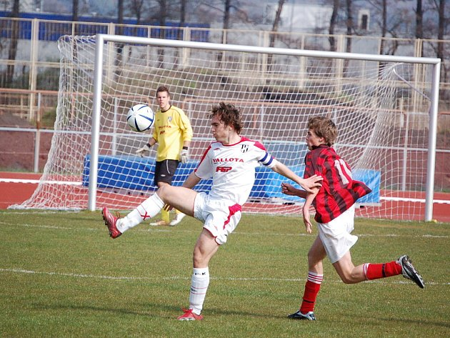 Starší dorost Fotbalového klubu mládeže Přerov podlehl v domácím prostředí.