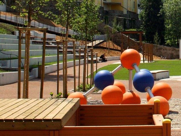 Zrekonstruovaná zámecká zahrada vHranicích