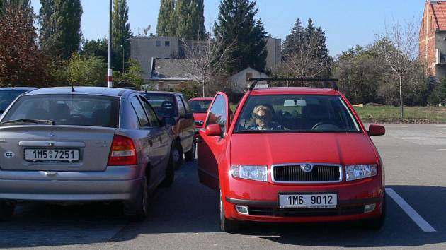 Lidé dokáží zaparkovat způsobem, který nelze přehlédnout.