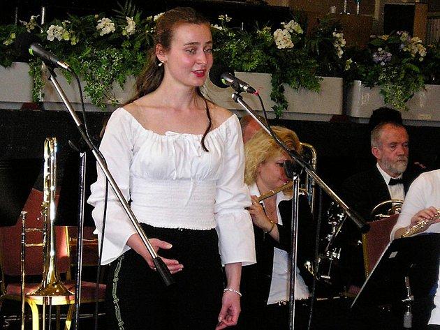 Mezzosopranistka Julie Meixnerová se představí publiku v sanatoriu Janáček.