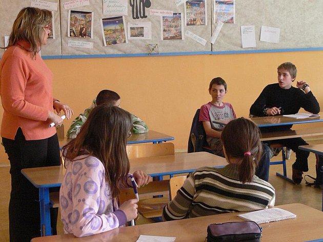 Zasedání školního parlamentu na ZŠ Šromotovo