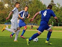 SK Hranice proti TJ Sokol Ústí (v bílém). Ilustrační foto