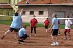Pivní slavnosti v Bělotíně: volejbalový turnaj obcí.