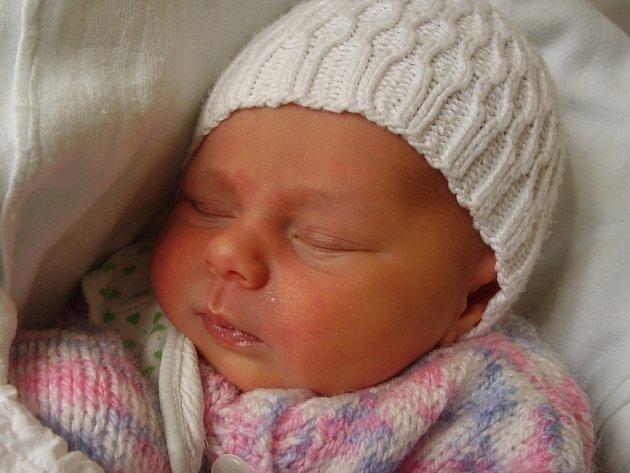 Ellen Vysoudilová, Přerov, narozena 23. 3. v Přerově, míra 48 cm, váha 2 850 g