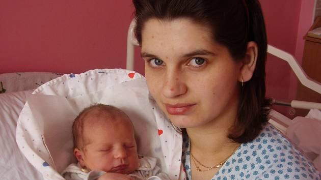 Simona Wittková, Hrabůvka, narozena 25. 3. v Přerově, míra 50 cm, váha 3 450 g