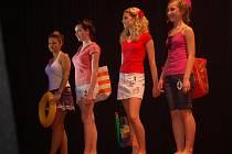 Ze soutěže Dívka roku 2010