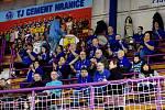 Házenkáři TJ Cement Hranice (v modrém) proti Lovosicím