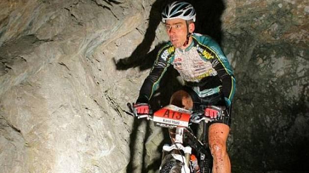 Cyklista Karel Hartl vybojoval na ME masters druhou příčku.