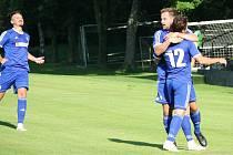 Fotbalisté Všechovic (v modrém) Ilustrační foto