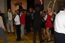 Zahrádkářský ples v Jezernici