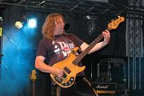 Na hranické Rockfestu zahrálo celkem devět formací. Milovníci rocku si vychutnali mimo jiné i kapely Mandrage, Aleše Brichtu, Tři sestry bandits i legendární Citron.