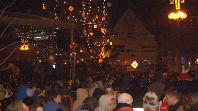 Silvestr na přerovském náměstí TGM