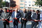 Střední zdravotnická škola v Hranicích byla v pondělí 4. září slavnostně otevřena v nové budově.