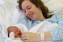 První dítě roku holčička Zuzanka Oslancová.