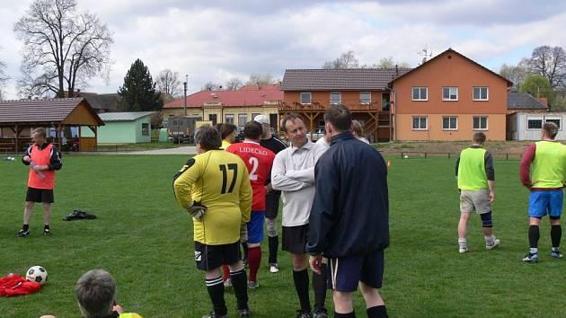 Fotbalové soustředění starostů v Ústí