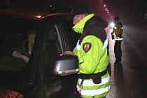 Strážníci měřili rychlost aut na třech místech v Hranicích.