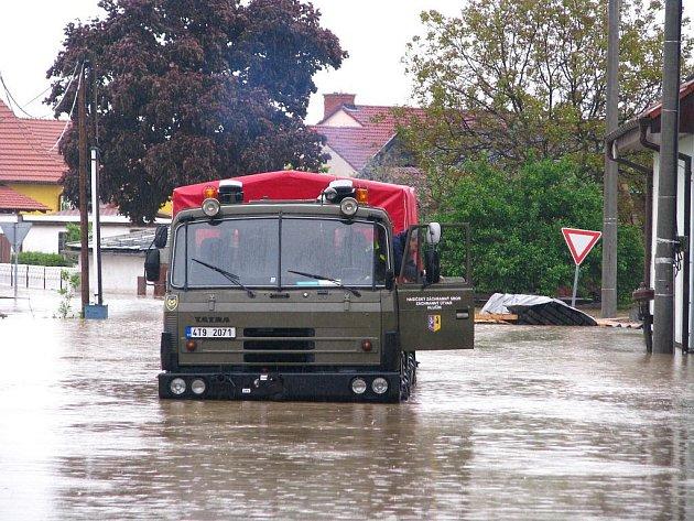V Troubkách nad Bečvou po třinácti letech opět udeřily ničivé záplavy.
