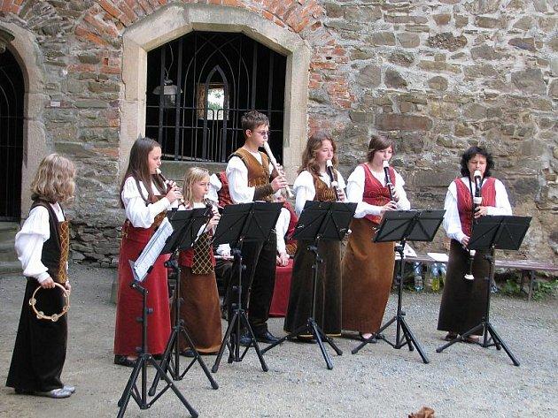 Renesanční a barokní skladby si mohli vychutnat návštěvníci hradu Helfštýn