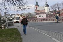 Oprava mostu přes řeku Bečvu v Hranicích přijde na patnáct až dvacet milionů korun.