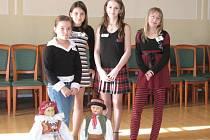 Na Hanáckou písničku vyrazila soutěžit i čtyři děvčata z Hranického dětského pěveckého sboru
