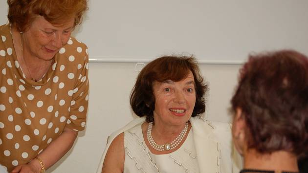 Livia Klausová včera v Přerově zahájila počítačový kurz pro seniory.